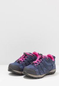 Columbia - CHILDRENS REDMOND WATERPROOF - Hiking shoes - bluebell/pink ice - 3