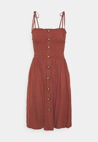 ONLY Petite - ONLANNIKA SMOCK DRESS - Vestito estivo - apple butter - 0