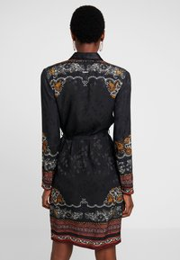 Desigual - VEST SUAM - Košilové šaty - black - 2