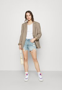 Abercrombie & Fitch - Denim shorts - blue denim - 1