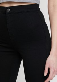 Topshop - JONI NEW - Jeans Skinny Fit - black - 4