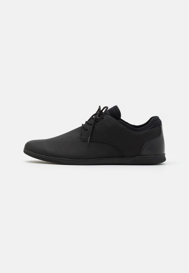 REID - Casual lace-ups - open black