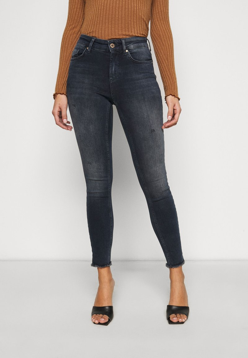 ONLY Petite - ONLBLUSH LIFE  - Skinny džíny - medium blue denim