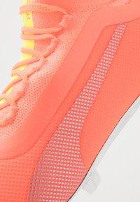 Puma - ONE 20.1 OSG FG/AG - Fotbollsskor fasta dobbar - nrgy peach/fizzy yellow/aged silver - 5