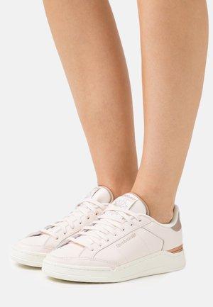 COURT - Sneakersy niskie - ceramic pink/golden bronze/chalk