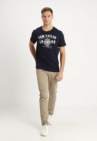 TOM TAILOR - LOGO TEE - Print T-shirt - navy blue - 1