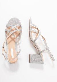 Dorothy Perkins - SILENCESTRAPPY BLOCK - Sandals - silver - 3