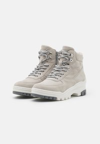 Tamaris - Ankelboots - light grey