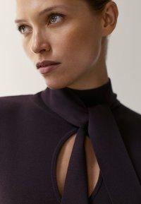 Massimo Dutti - Gebreide jurk - dark purple - 1