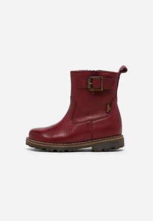 MAXINE BUCKLE TEX UNISEX - Classic ankle boots - bordeaux