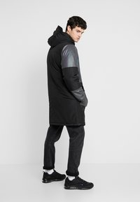 Topman - IRRESDESCENT PUFFER - Giacca invernale - black - 2