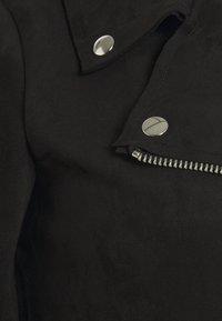 Zizzi - ESUS JACKET  - Faux leather jacket - black - 5