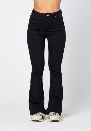 O-LIV  - Flared Jeans - black