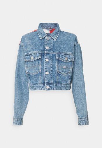 CROP TRUCKER JACKET - Giacca di jeans - denim light