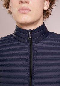 Emporio Armani - WAISTCOAT - Waistcoat - blue - 4
