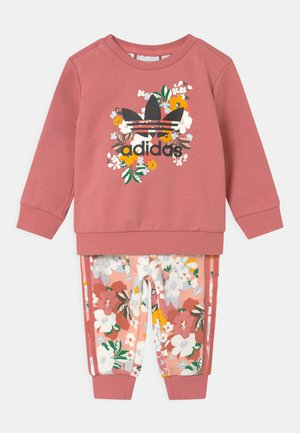 SET HER LONDON ALL OVER PRINT ORIGINALS TRACKSUIT - Spodnie treningowe - hazy rose/multicolor/black