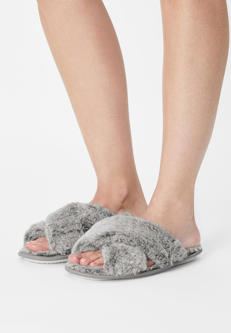 Loungeable - FROSTED FLUFFY CROSSOVER - Tohvelit - grey
