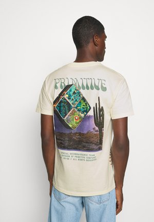 RECON TEE - T-shirt med print - cream