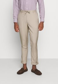 Isaac Dewhirst - THE SUIT - Kostym - beige - 4