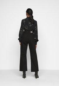 Dr.Denim Petite - ECHO - Jeans relaxed fit - black - 2