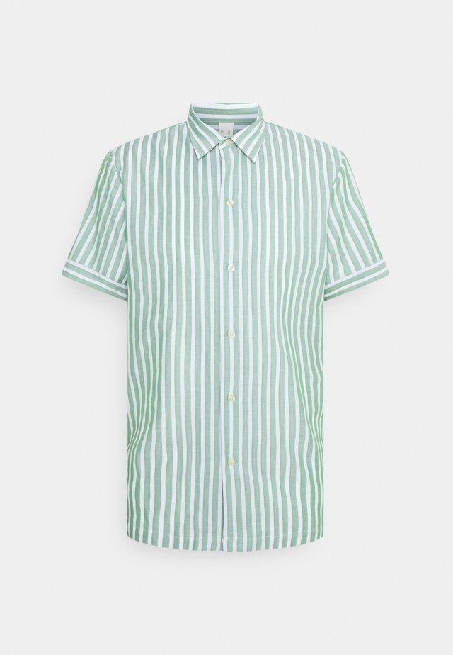 RELAXED FIT SHORT SLEEVE SAILOR  - Hemd - light green/white