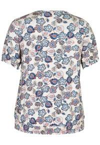 Studio - Print T-shirt - beige blue flowered - 4