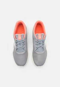 Reebok - FLEXAGON ENERGY TR 3.0 MT - Scarpe da fitness - gray/chalk/coral - 3