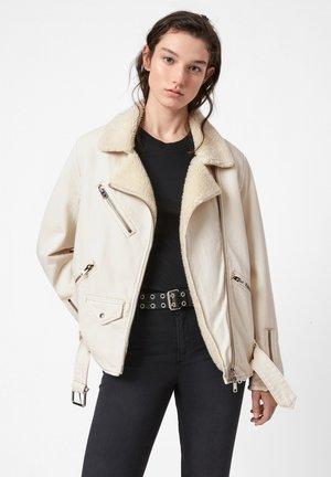 OVERSIZED DENIM BIKER - Denim jacket - white