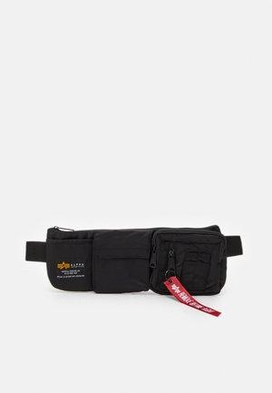 CREW UTILITY BAG UNISEX - Marsupio - black