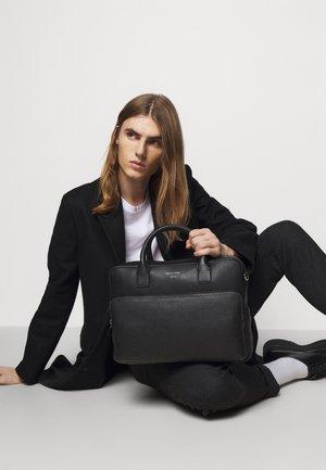 BANYAN UNISEX - Briefcase - black