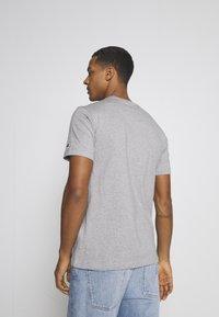 Champion Rochester - CREWNECK NINTENDO - T-shirt imprimé - mottled grey - 2