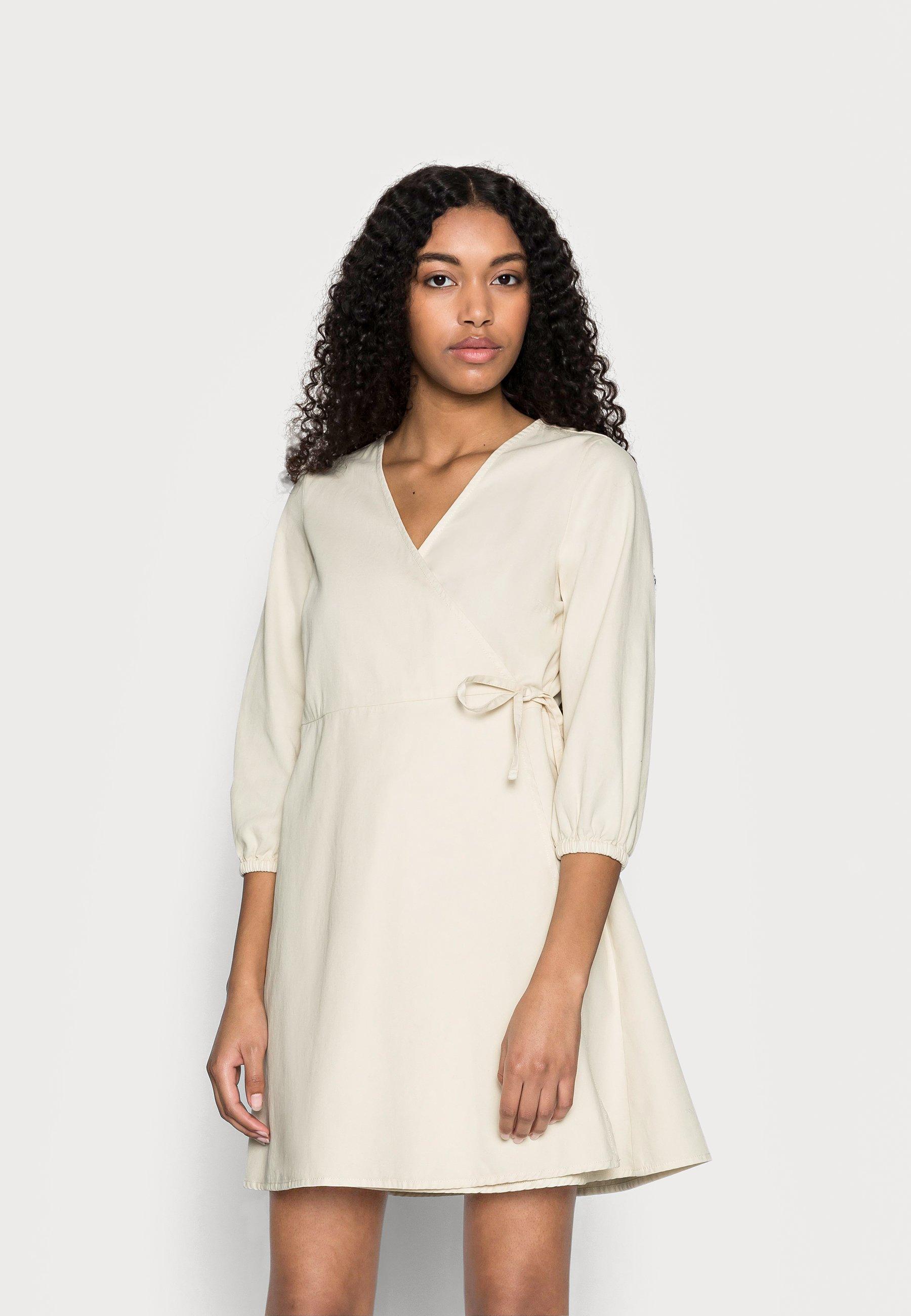 Women VMHENNA WRAP SHORT DRESS - Denim dress