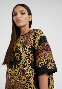 Versace Jeans Couture - Day dress - gold - 4