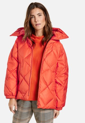 MIT MODERNEM RAUTENSTEPP - Winter jacket - pumpkin