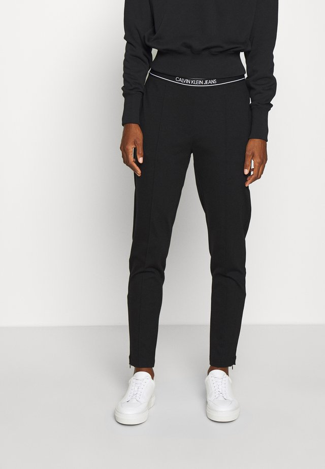 LOGO ELASTIC MILANO TROUSER - Spodnie materiałowe - ck black