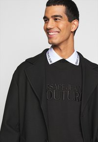 Versace Jeans Couture - FELPA - Sweatshirt - nero - 3