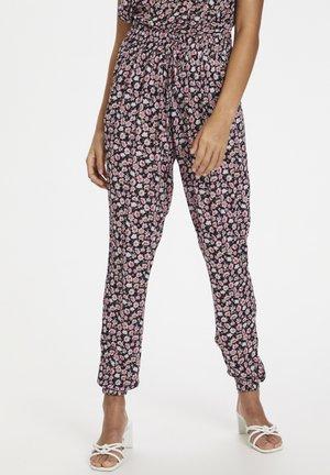 KAMARA PANTS - Trousers - aurora pink meadow
