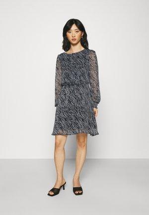 VMRYLEE MALLY SHORT DRESS - Day dress - flint stone