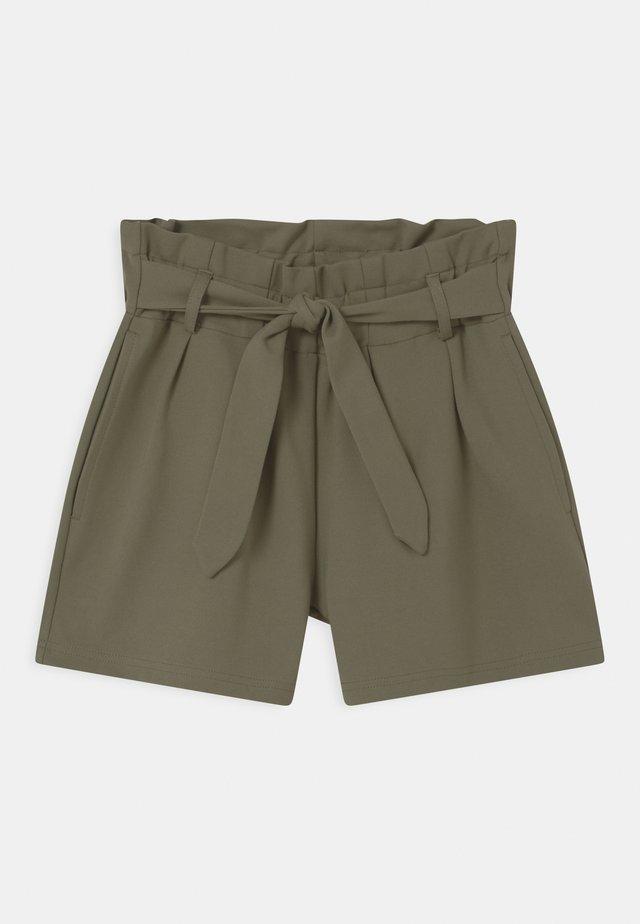 NKFHACLE IDA - Shorts - deep lichen green