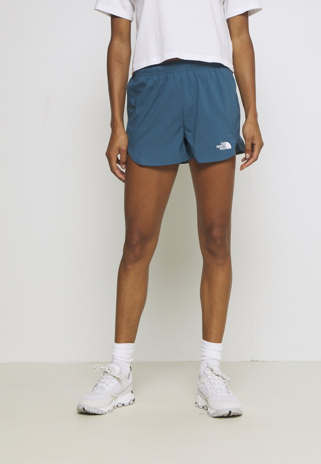 WOMENS ACTIVE TRAIL RUN SHORT - kurze Sporthose - mallard blue