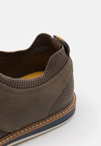 Call it Spring - VEGAN MORRIS - Chaussures à lacets - brown - 5