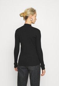 Calvin Klein Jeans - MOCK NECK TEE - Long sleeved top - black - 2