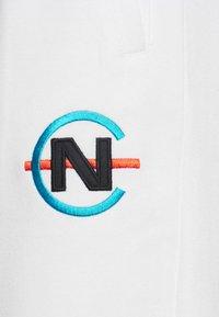 NAUTICA COMPETITION - PARREL - Tracksuit bottoms - white - 5