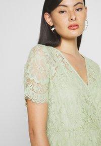 Vero Moda - VMSOFIE CALF  DRESS - Cocktailklänning - laurel green - 5
