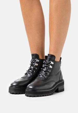 CHAUSSURE - Kotníková obuv - black