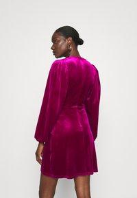 Closet - WRAP OVER MINI DRESS - Cocktail dress / Party dress - pink - 2