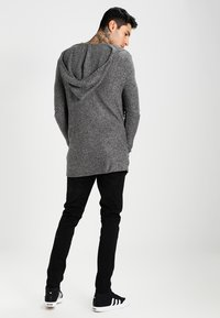 Pier One - Strikjakke /Cardigans - light grey/black - 2