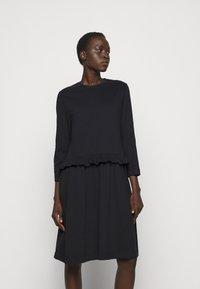 Libertine-Libertine - CURL - Žerzejové šaty - black - 0