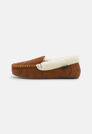 DEZI IV BEAR UNISEX - Domácí obuv - snuff