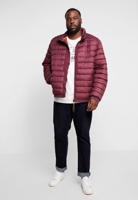 LERROS - LIGHT WEIGHT BLOUSON  - Light jacket - dark berry - 1